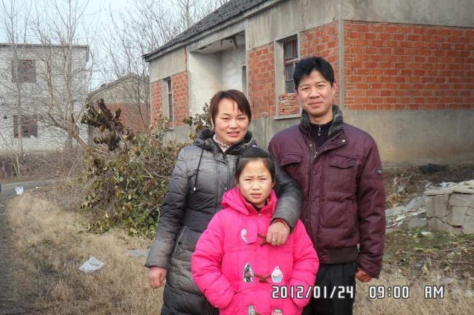 张荣花和临产的BABY因没有准生证而在医院双双死亡。(Photo by WRIC)